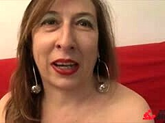 ScambistiMaturi - double banging with jock and sex tool for Italian older